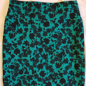 LulaRoe M Cassie Pencil Skirt Dark Green Black